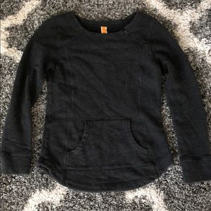LUCY CHARCOAL GRAY SWEATSHIRT